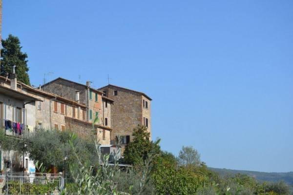 Casa indipendente in Vendita a Fabro Centro: 3 locali, 108 mq
