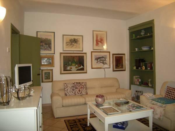 Appartamento in Affitto a Pistoia Centro: 4 locali, 95 mq