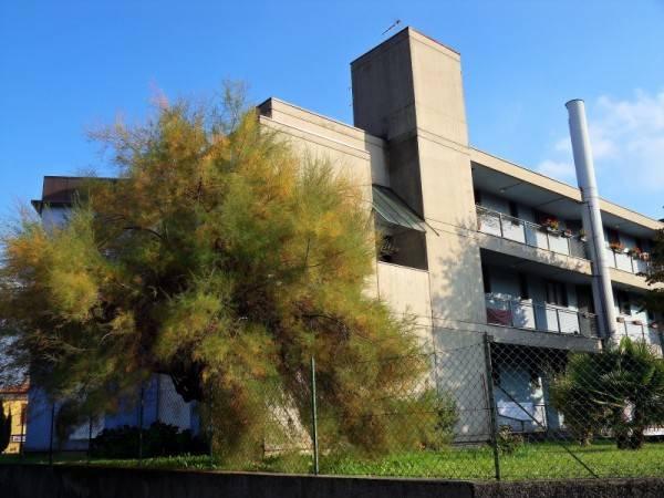 Appartamento in buone condizioni parzialmente arredato in vendita Rif. 7907197