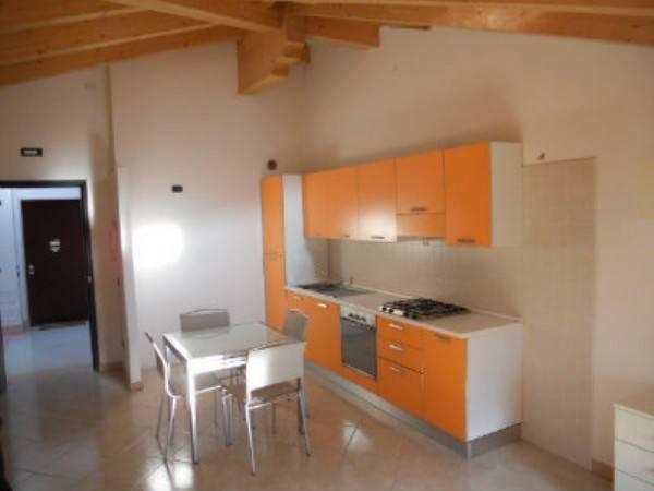 Appartamento in ottime condizioni arredato in vendita Rif. 8489595