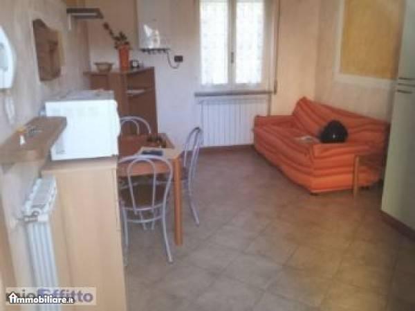 Appartamento in ottime condizioni arredato in vendita Rif. 6171814