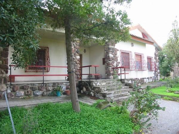 Villa in buone condizioni in vendita Rif. 4219294