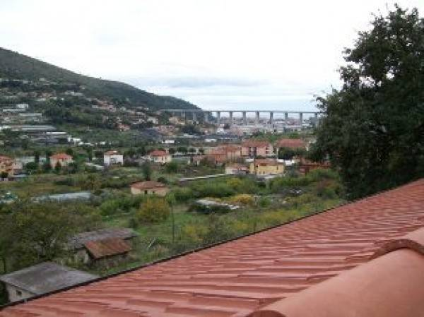 Attico / Mansarda in vendita a Camporosso, 3 locali, prezzo € 235.000 | PortaleAgenzieImmobiliari.it