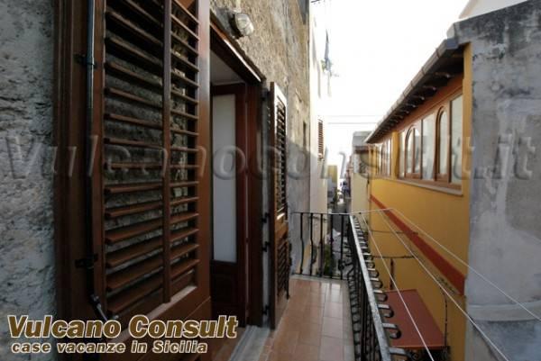 Appartamento in vendita a Lipari, 3 locali, prezzo € 240.000 | PortaleAgenzieImmobiliari.it