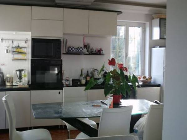 Appartamento in vendita a Ventimiglia, 7 locali, prezzo € 500.000 | PortaleAgenzieImmobiliari.it