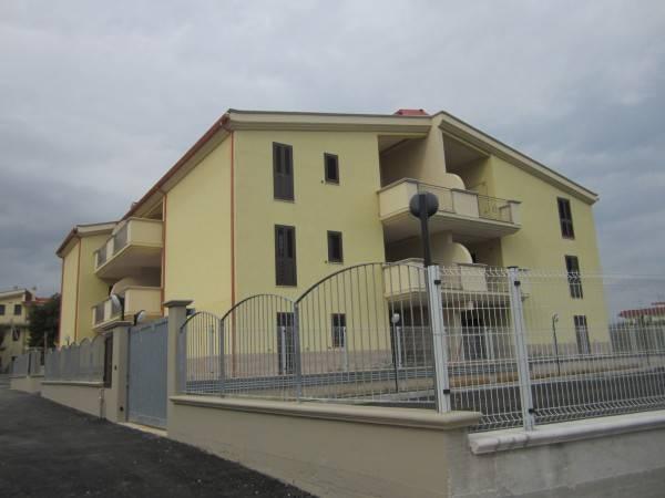 Appartamento in vendita a Statte, 3 locali, prezzo € 120.000 | CambioCasa.it
