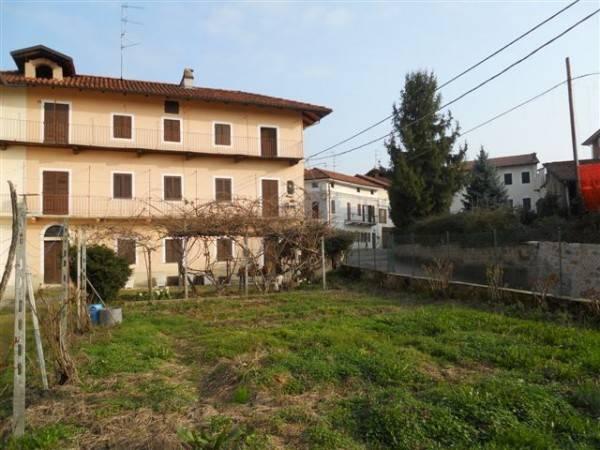 Casa Indipendente in buone condizioni in vendita Rif. 8573155