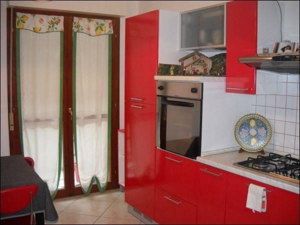 Appartamento in ottime condizioni arredato in vendita Rif. 4362153