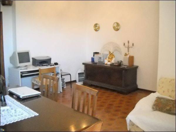 Appartamento in buone condizioni arredato in vendita Rif. 4362139