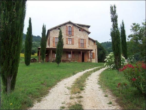 Rustico / Casale in ottime condizioni arredato in vendita Rif. 4362122