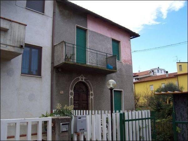 Casa Indipendente da ristrutturare in vendita Rif. 4362212