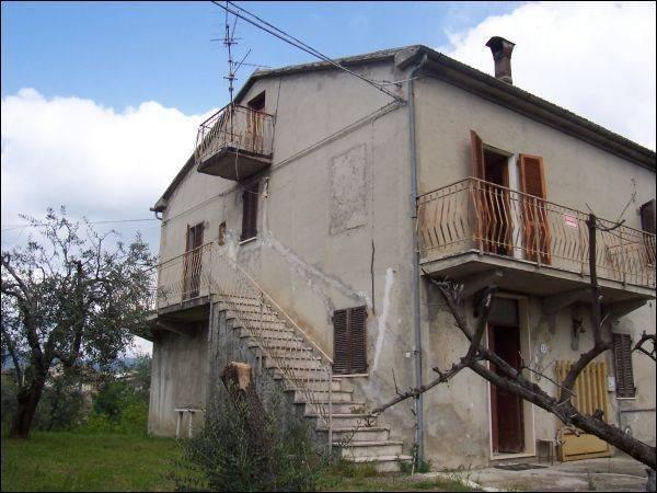 Casa Indipendente in buone condizioni in vendita Rif. 4362220