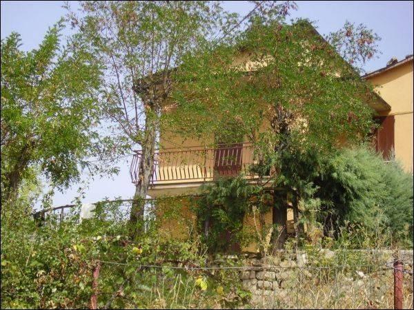 Casa Indipendente in buone condizioni in vendita Rif. 4362248