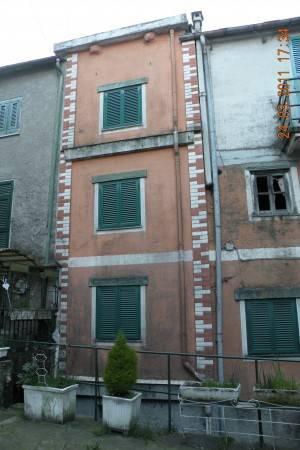 Appartamento da ristrutturare in vendita Rif. 4245391