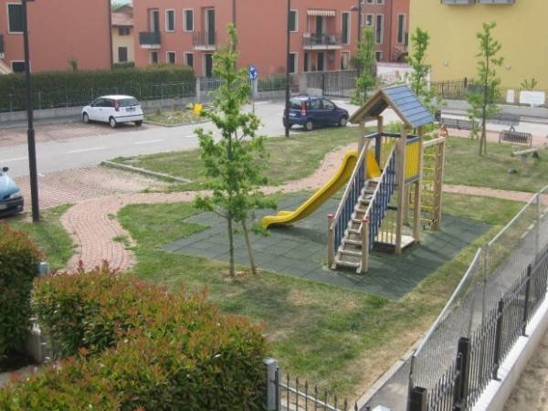 Appartamento in ottime condizioni in vendita Rif. 4933648