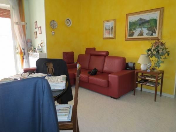 Appartamento in ottime condizioni in vendita Rif. 4807122
