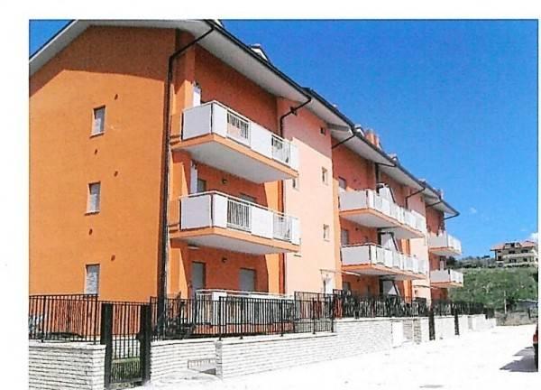 Appartamenti duplex 90 mq rifiniti più piano superiore poco mansardato da rifinire stessa metratura