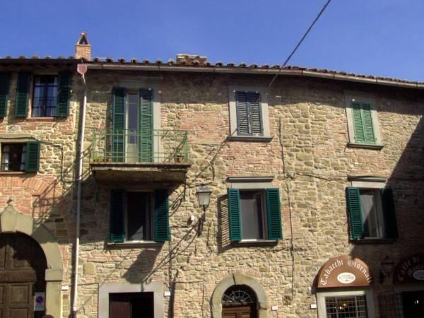 Appartamento in Vendita a Passignano Sul Trasimeno Centro: 3 locali, 103 mq