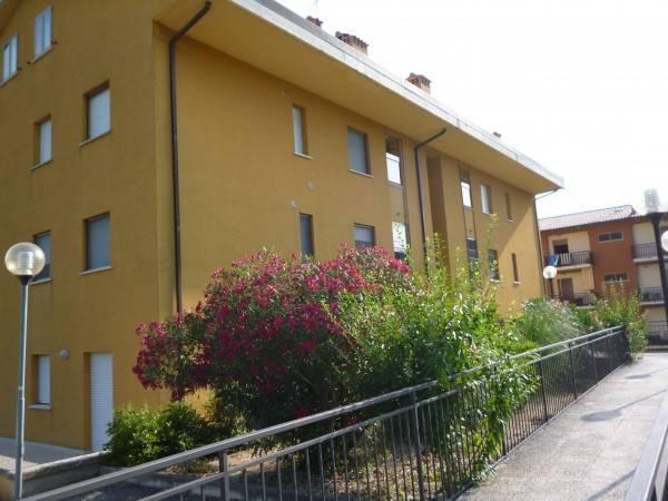 Appartamento in ottime condizioni arredato in vendita Rif. 8962706