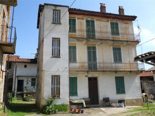 Casa Indipendente in buone condizioni in vendita Rif. 4183506