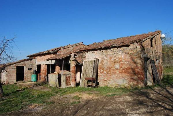 Rustico in Vendita a Castiglione Del Lago Periferia: 3 locali, 175 mq
