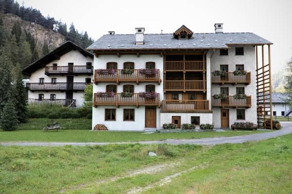 Rustico / Casale in vendita a Gressoney-Saint-Jean, 9999 locali, Trattative riservate | CambioCasa.it