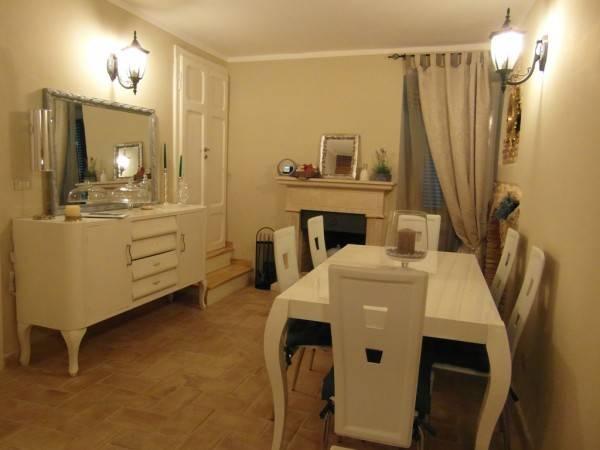 Rustico / Casale in vendita a Borgorose, 4 locali, Trattative riservate | CambioCasa.it