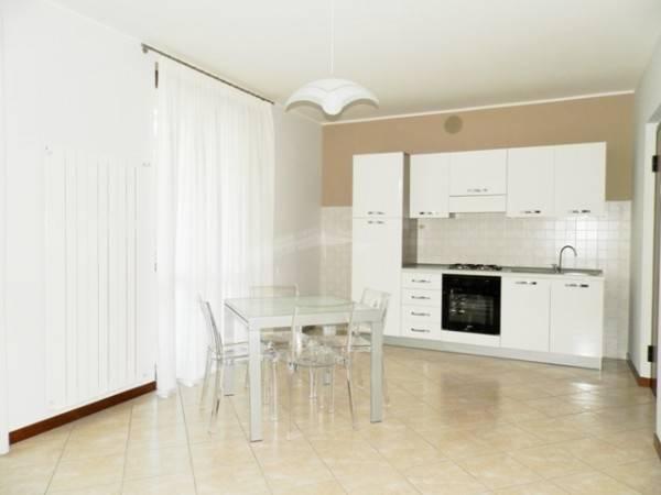 Appartamento in ottime condizioni arredato in affitto Rif. 4239969