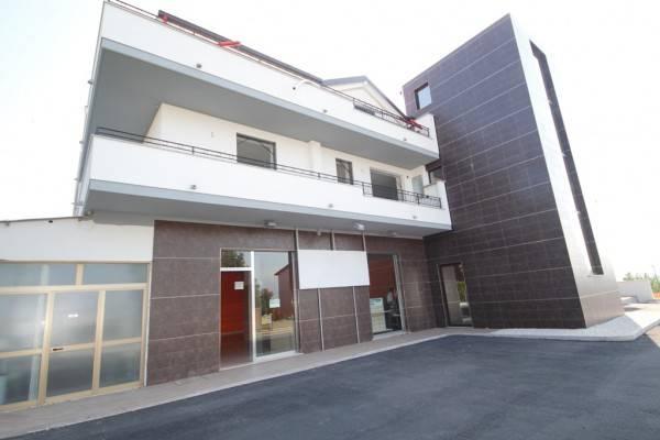 Al Centro di Cepagatti disponiamo di appartamenti di nuova costruzione, al Primo piano da €115000 (