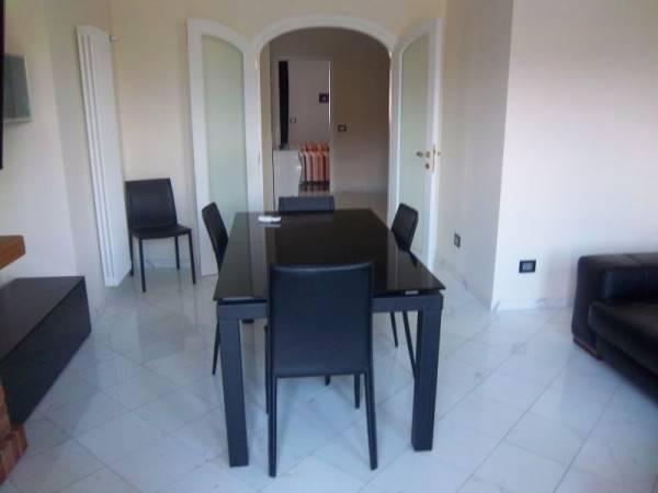 Appartamento in vendita a Forte dei Marmi, 3 locali, Trattative riservate | PortaleAgenzieImmobiliari.it
