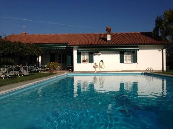 Villa in vendita a San Colombano al Lambro, 4 locali, Trattative riservate | PortaleAgenzieImmobiliari.it