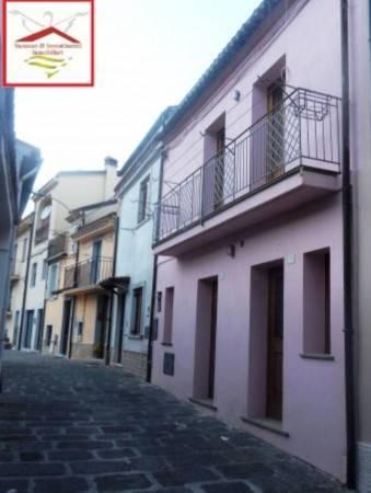 Soluzione Indipendente in vendita a Trecchina, 4 locali, prezzo € 120.000 | PortaleAgenzieImmobiliari.it