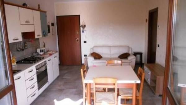 Appartamento in buone condizioni arredato in vendita Rif. 8254097