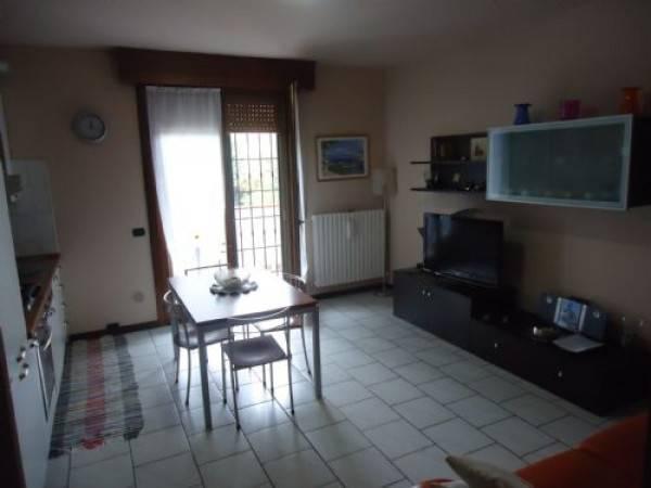 Appartamento in buone condizioni in vendita Rif. 4507171