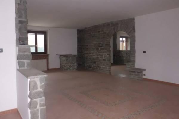 Appartamento in vendita a Cherasco, 4 locali, prezzo € 160.000 | PortaleAgenzieImmobiliari.it