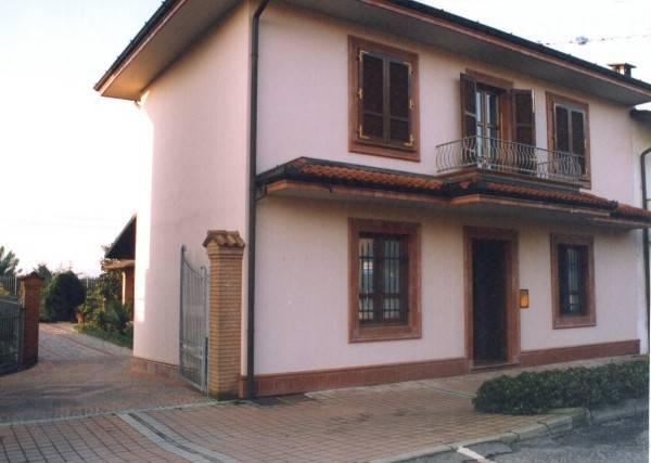 Villa 5 locali in vendita a Pizzighettone (CR)
