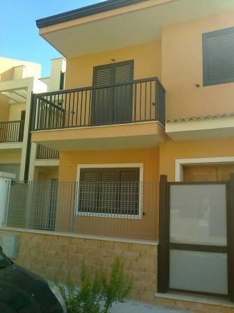 Villetta a schiera in buone condizioni in vendita Rif. 4816399