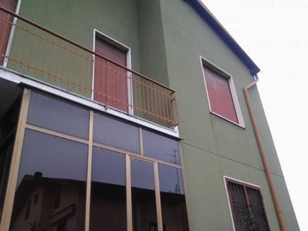Casa Indipendente in buone condizioni in vendita Rif. 4473586