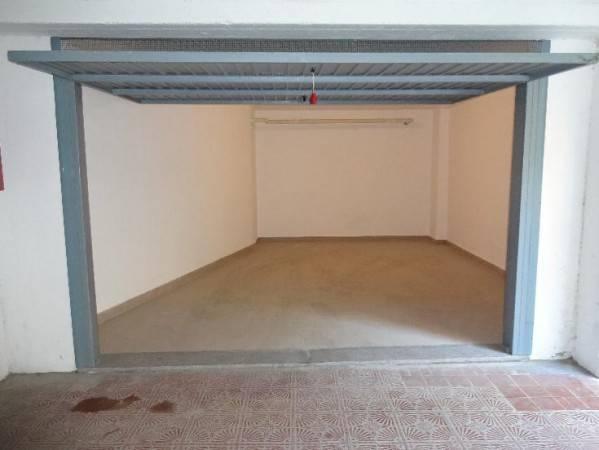 Box e posti auto in ottime condizioni in vendita Rif. 4585646