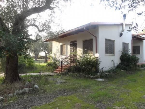 Villa in Vendita a Giurdignano Periferia: 4 locali, 100 mq