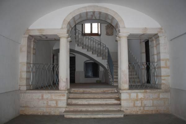 Rutigliano: appartamento in palazzo storico