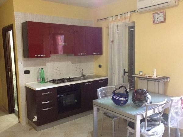Appartamento in buone condizioni arredato in affitto Rif. 7844313