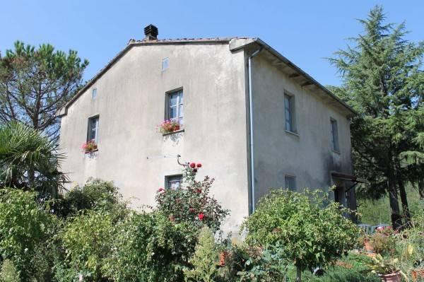 Rustico / Casale in buone condizioni parzialmente arredato in vendita Rif. 4394469