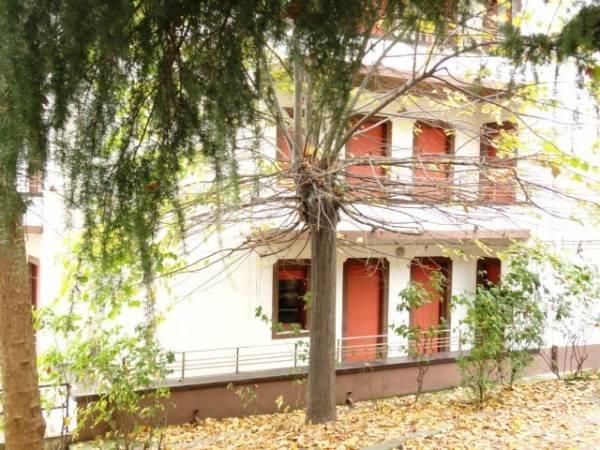 Appartamento in buone condizioni in vendita Rif. 6052386