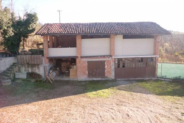 Rustico / Casale da ristrutturare in vendita Rif. 4288363