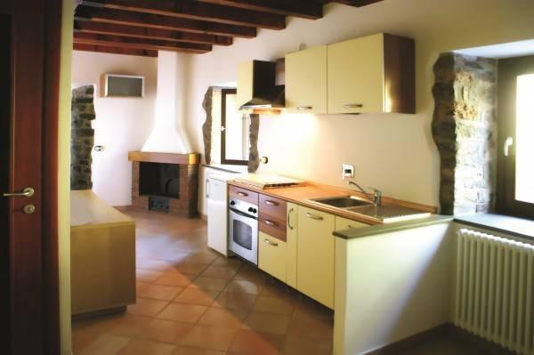 Appartamento in vendita a Licciana Nardi, 6 locali, prezzo € 110.000   PortaleAgenzieImmobiliari.it