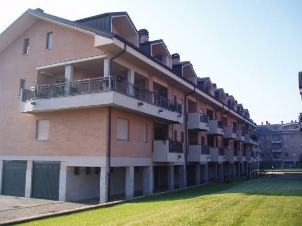 Appartamento in ottime condizioni in vendita Rif. 4368911