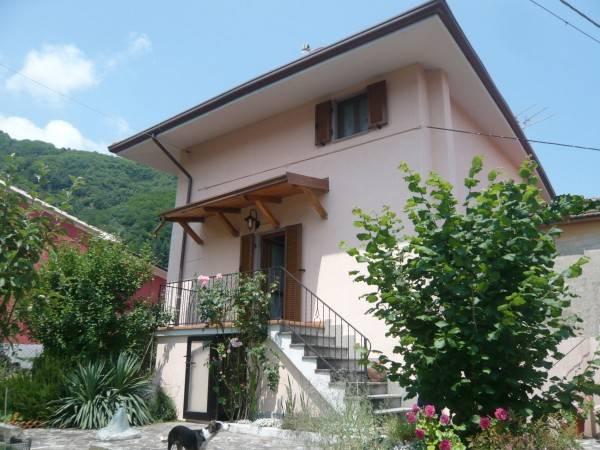 Appartamento in vendita a Mulazzo, 7 locali, prezzo € 210.000 | PortaleAgenzieImmobiliari.it