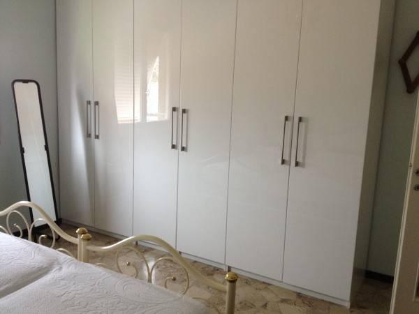 Appartamento in buone condizioni arredato in affitto Rif. 4401065