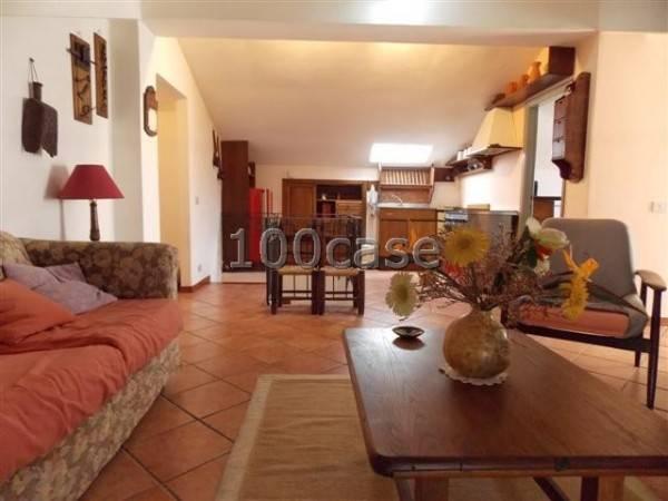 Abbadia San Salvatore – Centro – Appartamento + mansarda